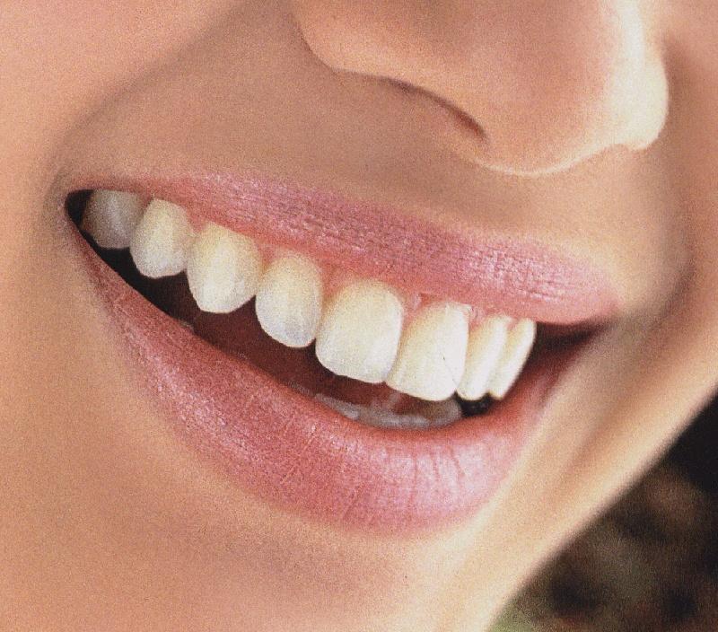 Как почистить зубы и не навредить себе?